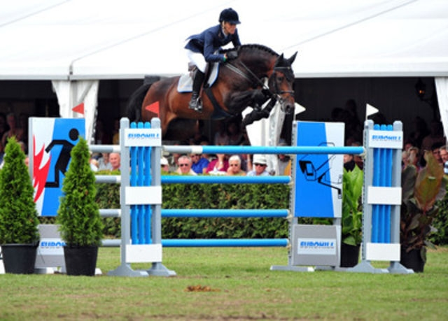 Van Gogh retires from International Showjumping
