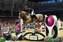 Julien Epaillard is Roque Solid in The Longines FEI World Cup Jumping Leg